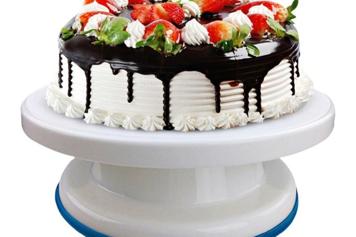 Cake Turntable: A Decorator's Best Friend