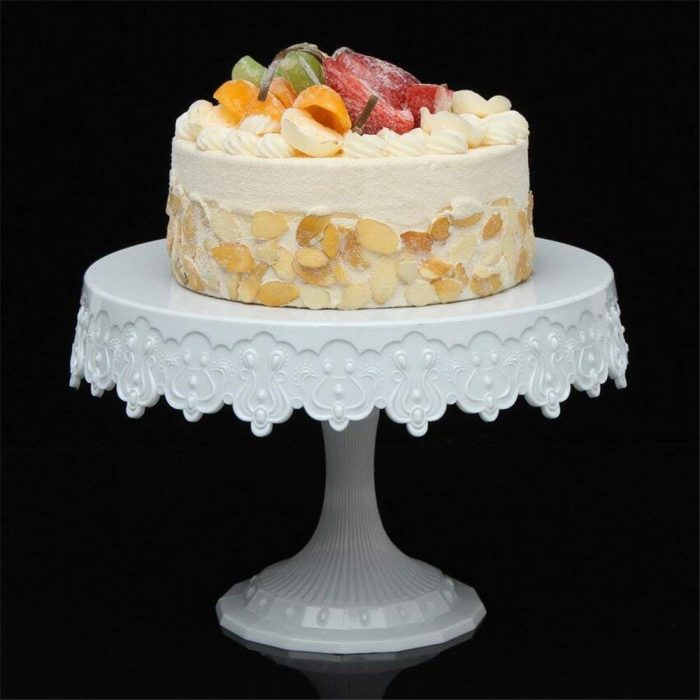 Cake Turntable: A Cake Decorator's Best Friend