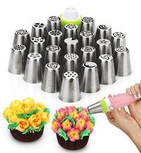 Assorted cake piping tips